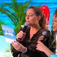 """Benjamin Castaldi surpris par l'arrivée d'Ayem Nour sur le plateau de """"La télé même l'été"""", 29 juin 2018, C8"""