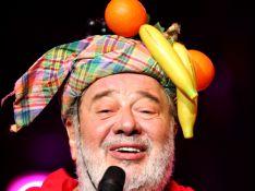 Les obsèques de Carlos auront lieu mardi : merci d'arborer des tenues multicolores...