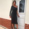 Julia Paredes sexy en robe - Instagram, juin 2018
