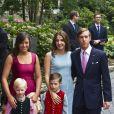 La princesse Tessy et le prince Louis de Luxembourg avec leurs fils Noah et Gabriel ainsi que la princesse Alexandra (à gauche) lors du mariage civil du prince Felix de Luxembourg et de Claire Lademacher le 17 septembre 2013 à Koenigstein im Taunus, en Allemagne.