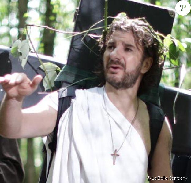 """Bernard Le Coq, Jarry, Lucien Jean-Baptiste, Michaël Youn, Simon Astier dans """"Christ(off)"""" en salles le 11 juillet 2018."""