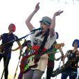 Coachella 2009 : Katie White des Ting Tings, un look composé et... composite !