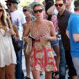 Nicky Hilton a dû montrer patte blanche pour avoir droit à un verre, à Coachella !