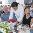 Exclusif - Le chef Frédéric Vardon a fait un dessert spécial pour célébrer l'anniversaire de mariage de Franck Leboeuf et sa femme Chrislaure qui se sont unis en juillet 2013. Longines Paris Eiffel Jumping au Champ de Mars à Paris le 6 juillet 2018. © Borde / Veeren / Bestimage