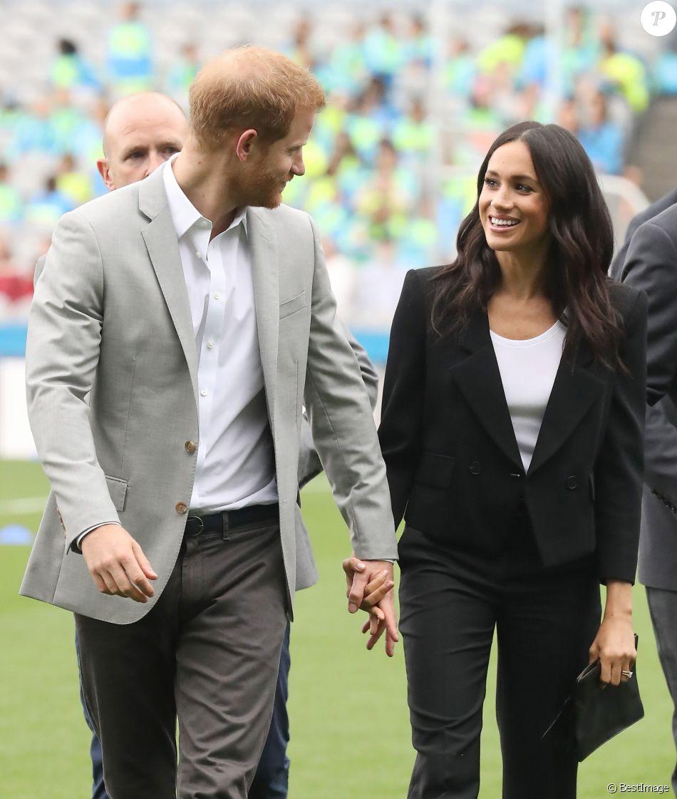Le prince Harry, duc de Sussex et sa femme Meghan Markle, duchesse de Sussex assistent aux jeux gaélique à Croke Park à Dublin le 11 juillet 2018