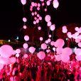 Les Ballons lâchés par les familles des victimes durant le concert du 14 juillet 2018 à Nice en hommage aux victimes de l'attentat du 14 juillet 2016 suivi de l'allumage des 86 faisceaux lumineux depuis la Promenade des Anglais, symbolisant chacune des victimes. © Bruno Bebert/Bestimage