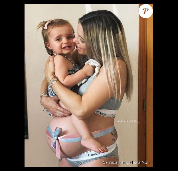 Alexia Mori enceinte avec sa fille Louise - Instagram, 15 juillet 2018