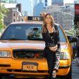 """Sarah Jessica Parker sur le tournage d'une publicité pour """"Intimissimi"""" à New York, le 17 juin 2018."""