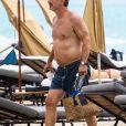 Chris Noth (Mr. Big de Sex and the City) sur la plage a Miami, le 14 mai 2018.