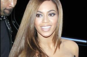 Beyoncé choisit un décolleté généreux et une robe courte... pour la première de son film Obsessed !
