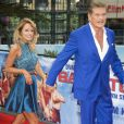 David Hasselhoff et sa compagne Hayley Roberts - Photocall de 'Baywatch' au Sony Center à Berlin, le 30 mai 2017
