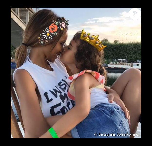Sonia Rolland et sa fille Kahina en vacances - Instagram, 01 août 2018