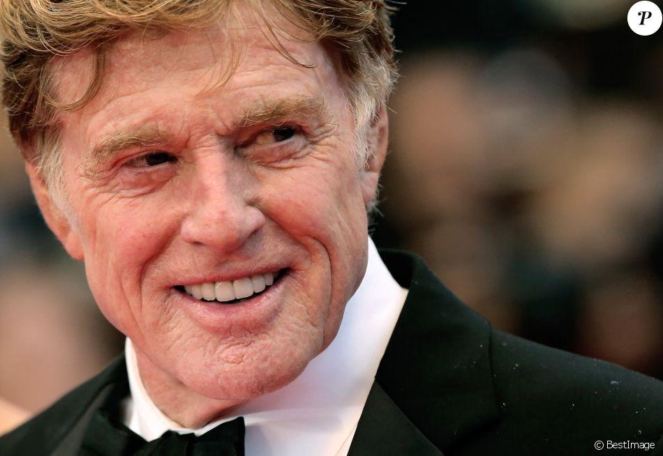 """Robert Redford - Montee des marches du film """"All is lost"""" lors du 66eme festival du film de Cannes. Le 22 mai 2013"""