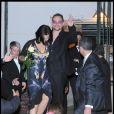 Bono et sa femme quittant la soirée du mariage du couple Salma Hayek et François-Henri Pinault qui s'est déroulée à l'Opéra de Venise La Fenice le 25 avril 2009
