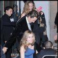 Edward Norton quittant la soirée du mariage du couple Salma Hayek et François-Henri Pinault qui s'est déroulée à l'Opéra de Venise La Fenice le 25 avril 2009