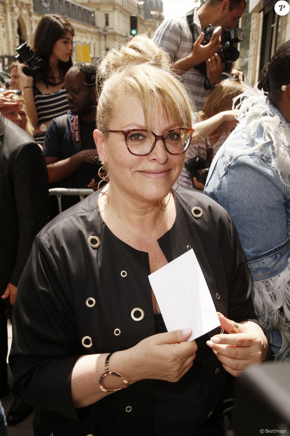 """Caroline Diament - Arrivées au défilé de mode """"Jean Paul Gaultier"""", collection Haute-Couture automne-hiver 2018/2019, à Paris. Le 4 juillet 2018"""