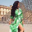 Ayem Nour sensuelle au Musée du Louvre - juin 2018, Instagram