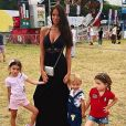 Jade Lagardère et ses 3 enfants en vacances aux Hamptons. Août 2018.