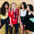 Selena Gomez et ses amies Courtney J Barry, Ashley Cook et Raquelle Stevens chez le tatoueur. Août 2018.