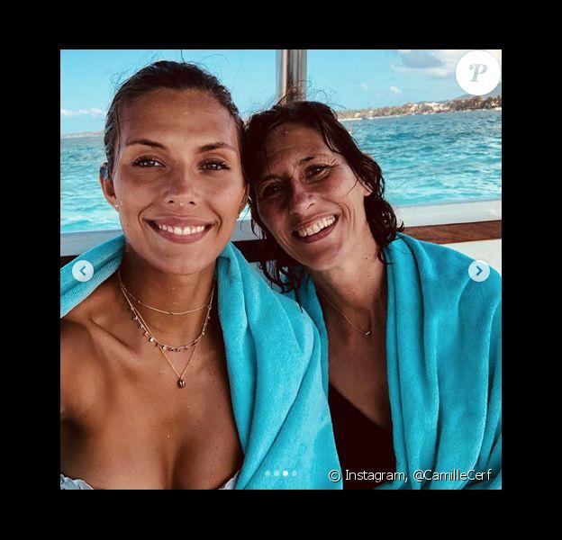 Camille Cerf et sa maman à l'île Maurice, le 28 août 2018.