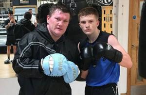 Ricky Hatton : Le boxeur grand-père à 39 ans, son fils de 17 ans est papa