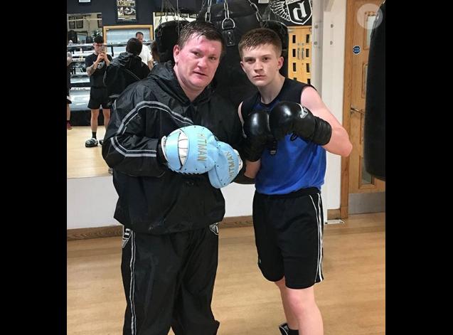 Ricky Hatton et son fils Campbell sur une photo publiée sur Instagram en juillet 2017.