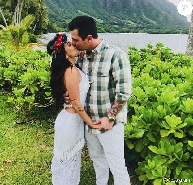 Janel Parrish et Chris Long se sont mariés à Hawaï le 8 septembre 2018