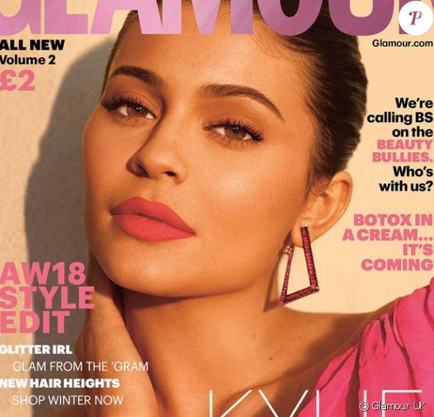 """Kylie Jenner, vedette du """"Glamour UK"""" pour l'édition d'octobre 2018."""