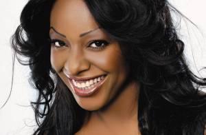 Miss Dominique est... une vraie célibattante ! Regardez !