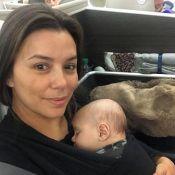 Eva Longoria : Premier long voyage avec Santiago, assoupi dans ses bras