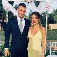 Morgan Schneiderlin et sa femme Camille (enceinte) au mariage de sa petite soeur Manon. Septembre 2018.