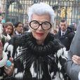 """Iris Apfel - Arrivées au défilé de mode """"Christian Dior"""", collection prêt-à-porter automne-hiver 2016-2017 au musée du Louvre à Paris, le 4 mars 2016. © CVS/Veeren/Bestimage"""