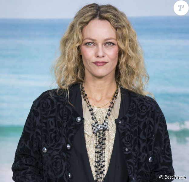 Vanessa Paradis - Photocall du défilé Chanel Collection Prêt-à-Porter Printemps/Eté 2019 lors de la Fashion Week au Grand Palais à Paris le 2 octobre 2018. © Olivier Borde/Bestimage