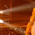 Pamela Anderson et Maxime Dereymez sur une Valse - Danse avec les stars 9 - TF1