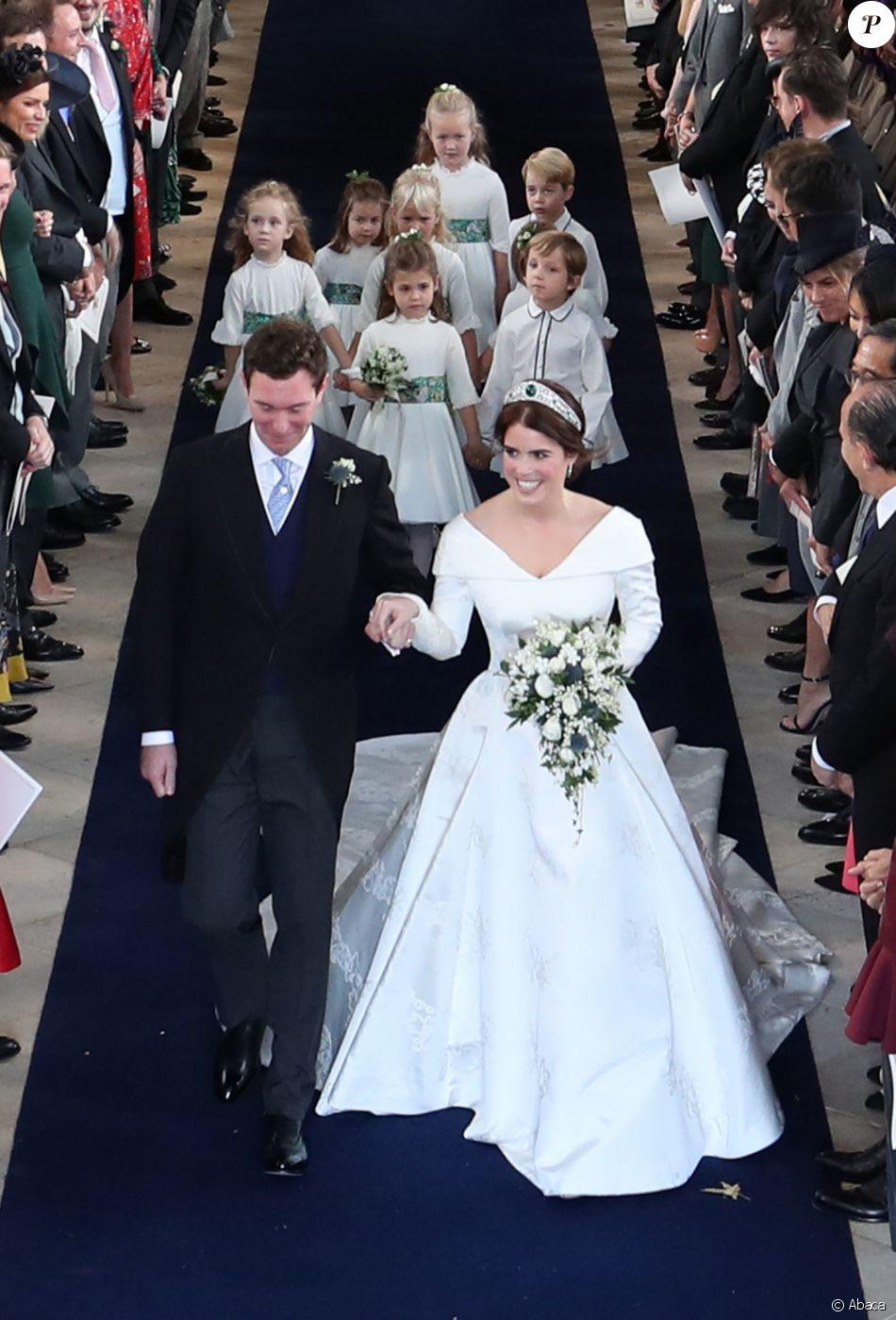Eugenie d 39 york mari e je voulais que ma robe montre ma for Code de robe de mariage de palais de justice