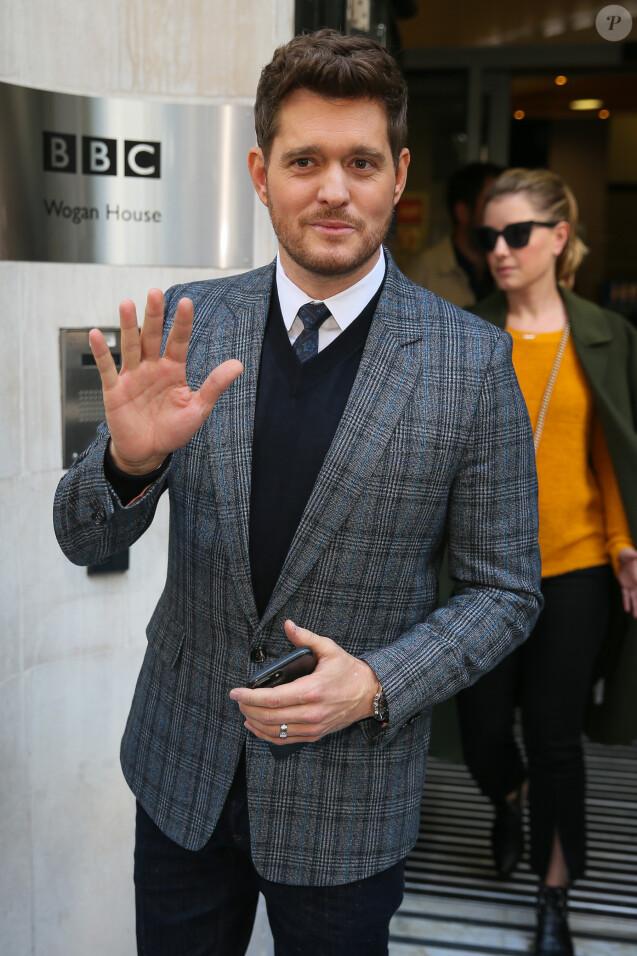 Michael Buble est de passage aux studios de la BBC Radio 2 à Londres le 28 septembre 2018.