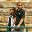 """Le prince Harry, duc de Sussex, et Meghan Markle, duchesse de Sussex, enceinte, retournent à l'Admiralty House après leur visite sur Cockatoo Island pour assister au """"Jaguar Land Rover Driving Challenge"""" en ouverture des """"Invictus Games 2018""""."""
