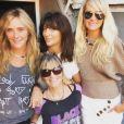 Laeticia Hallyday à Paris, entourée de sa nounou Sylviane  Destaillats et ses amies Marie Poniatowski et Anne Marcassus. Instagram, le 21 octobre 2018.
