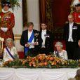 Camilla Parker Bowles, duchesse de Cornouailles, le roi Willem-Alexander des Pays-Bas, la reine Elisabeth II d'Angleterre et le prince Charles, prince de Galles - Les souverains néerlandais assistent à un banquet d'Etat au palais de Buckingham de Londres, lors de leur visite d'État au Royaume-Uni, le 23 octobre 2018.