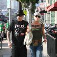 Pink et Carey Hart, balade en amoureux à Los Angeles hier...