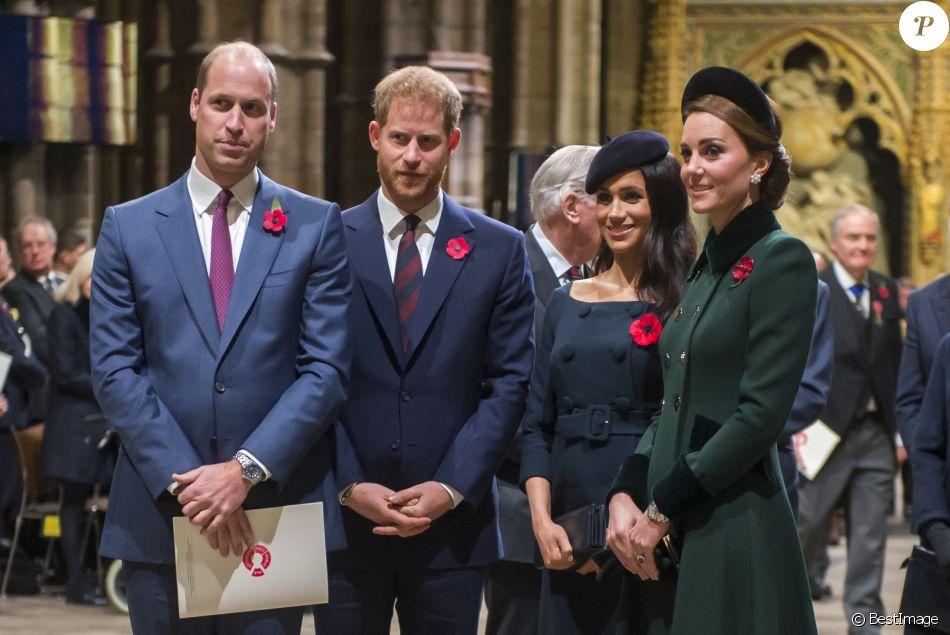 PHOTOS Meghan, Harry, Kate, William, la reine au