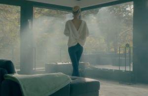 Johnny Hallyday face au sosie de sa veuve Laeticia dans son clip