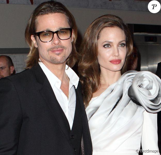 """Brad Pitt et Angelina Jolie à l'avant-première du film """"Au pays du sang et du miel"""" à Paris le 16 février 2012"""