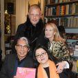 """Kenzo Takada, Kazuko Masui et Ruth Obadia à la séance de dédicaces du livre de Mme Kazuko Masui """"Kenzo Takada"""" à la librairie Artcurial à Paris, le 21 novembre 2018. © Guirec Coadic/Bestimage"""