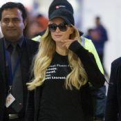 Paris Hilton : Souriante malgré la rupture, elle ne porte plus sa bague