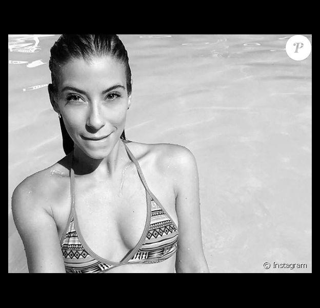 """Sarah, la sexy candidate des """"Reines du shopping"""" (M6) la semaine du 26 novembre 2018."""