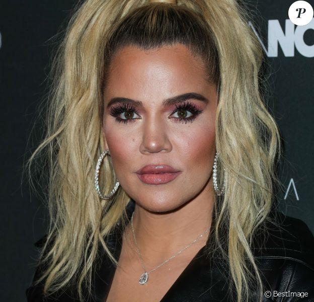 Khloe Kardashian lors du photocall de la soirée Fashion Nova X Cardi B à Hollywood le 14 novembre 2018.