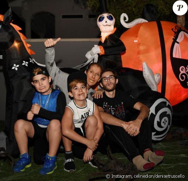 Céline Dion et ses enfants, René-Charles, Nelson et Eddy, préparent Halloween. Instagram, le 31 octobre 2018