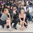 Mélanie Laurent, Quentin Tarantino et Diane Kruger lors du photocall du film  Inglourious Basterds .