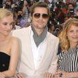Diane Kruger, Brad Pitt et Mélanie Laurent lors du photocall du film  Inglourious Basterds .